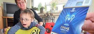 Junge mit Down-Syndrom (7) aus Essen sucht Mitfahrgelegenheit zum Champions League-Finale