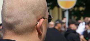 Polizei bläst Anti-Nazi-Demo ab