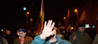 Führerlos durch die Nacht-Legida pöbelt sich durch Leipzig | VICE | Deutschland