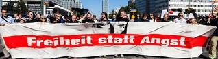 Vorratsdatenspeicherung: Aktivisten nehmen Stellung