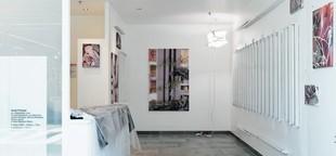 """""""Je m'intéresse à l'art, celui qui perturbe"""" : Céline Poulin, commissaire d'exposition"""
