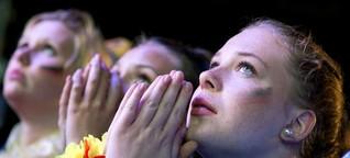 Voyage surprise - Fußball gucken mit Frauen