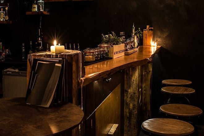 dating bars berlin dating botswana sites