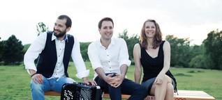 Wiener Dialekt trifft türkische Violine und serbisches Akkordeon