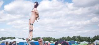 Männliche Sexualität und Puppenbordelle: Was das mit Feminismus zu tun hat
