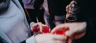 Arbeitsmarkt: Schnaps trinken kann bei der Jobsuche helfen