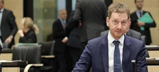 """Michael Kretschmers Regierungserklärung: Leere Hände beim """"Lehrerpaket"""""""