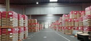 Überschüsse der EU-Agrarpolitik - Friedhof der Milchpulversäcke