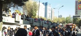 El inicio del día nacional de Bolivia - El Chukuta