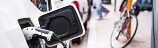 Grüner, günstiger, Zukunft: Elektromobilität