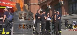 Nahaufnahme: überlastete Feuerwehr