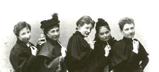 Geschichte und Zukunft zugleich: Lesbisch-feministisches Frauen-Archiv geht online