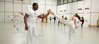 Hochschulsport aus Brasilien: Singen! Tanzen! Kämpfen! - Capoeira