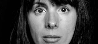"""""""Grabrede auf einen Idioten"""" von Julie Mazzieri"""
