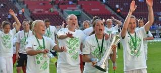 Wolfsburgs Frauen holen Double und dürfen nicht feiern - aus Rücksicht auf Herrenmannschaft