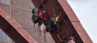 Regierung tagt auf Zollverein: Umwelt-Aktivisten besetzen Weltkulturerbe