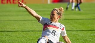 Warum Frauenfußball im Ausland boomt - und bei uns nicht