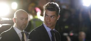 Fußball-Kommentar: Held, Verbrecher