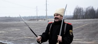 Wie Russlands patriotische Kosaken Moskau erobern