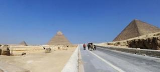 Egypt's economy locked in crisis