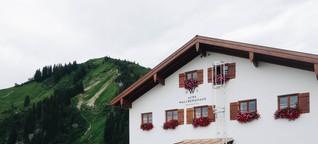 Ausflugsvergnügen: Hüttenurlaub für Anfänger im Alten Wallberghaus