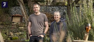 Engagement für Naturschutz: Eheleute als Sauberkeitspaten für eine Wiese