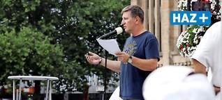 Polizist aus Hannover zieht auf Corona-Demo Vergleiche zur Nazi-Zeit