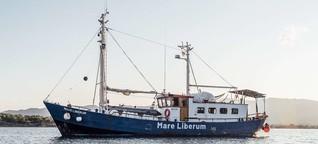 Illegale Pushbacks vor Griechenland: Schüsse und zerstörte Boote