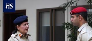 Pakistan | Muslimimaa Pakistanissa naiset etenivät armeijan johtoon aiemmin kuin Suomessa - HS:n haastattelussa tarinansa kertoo ydinasevaltion ensimmäinen kolmen tähden naiskenraali