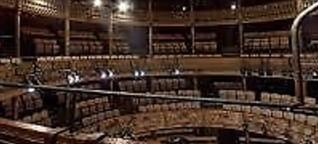 Firwat Theater?