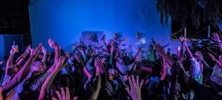 """Maputo Hangover: Auf Tour mit der Berliner Band """"Symbiz"""" durch Ostafrika"""