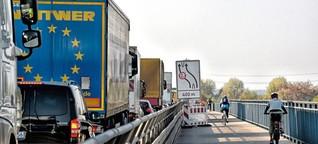 Radfahrer auf Karlsruher Rheinbrücke noch länger eingeschränkt