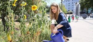 Mit der Gießkanne durch die Stadt: So helfen die Kölner den Pflanzen durch die Hitze