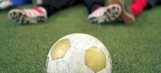 Wem gehört der Fussball?- 1LIVE Reportage