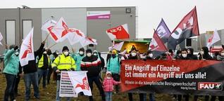 Protest vor dem Werkstor