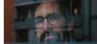 Hinterglas-Bilder Fotografin Bianca Taube macht in der Corona-Krise Porträts von Menschen am Fenster - eine besondere Erfahrung