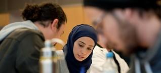 Refugee Teachers Program in Potsdam - Das Kreuz mit der Sprache