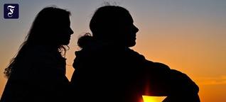 Beziehungskolumne: Wenn die neue Liebe wichtiger ist als Freundschaft