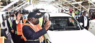 Colin-on-Cars - Corolla Cross comes off line